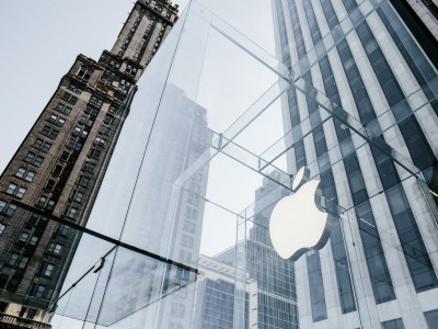 Apple đạt cột mốc 2.000 tỷ USD theo cách lạ lùng